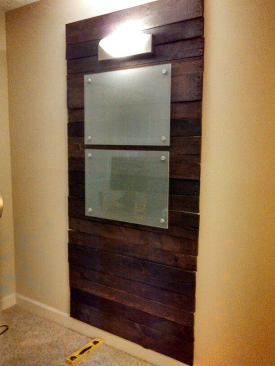 DIY pallet board wall for the office With frosted glass dry erase