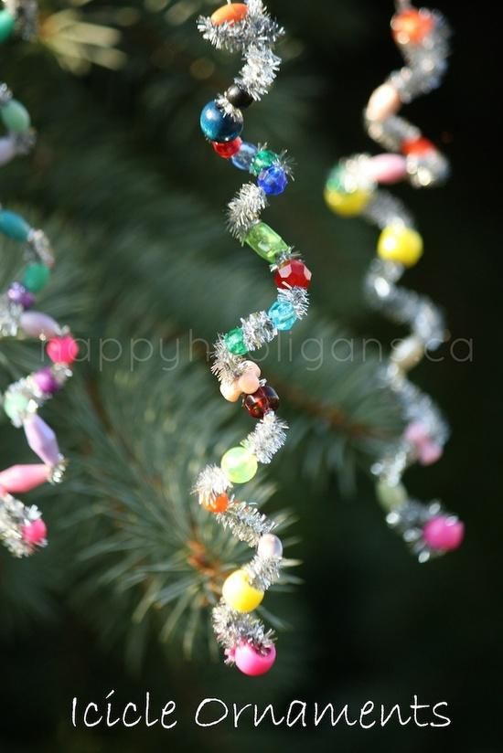 icicle ornaments made from pipe cleaners and beads: