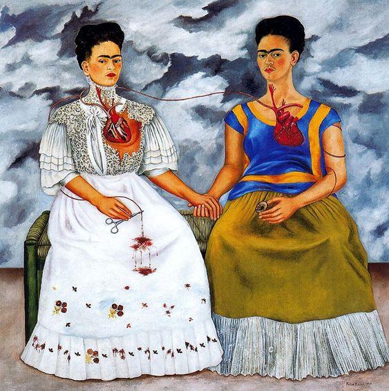 """Las Dos Fridas - Frida Kahlo  Sufrio, pinto y amo, pero sobre todo amo. Esta es mi cita favorita y que explica algo el cuadro <3 """"Quizá esperen oír de mí lamentos de """"lo mucho que sufro"""" viviendo con un hombre como Diego. Pero yo no creo que las márgenes de un río sufran por dejarlo correr..."""""""