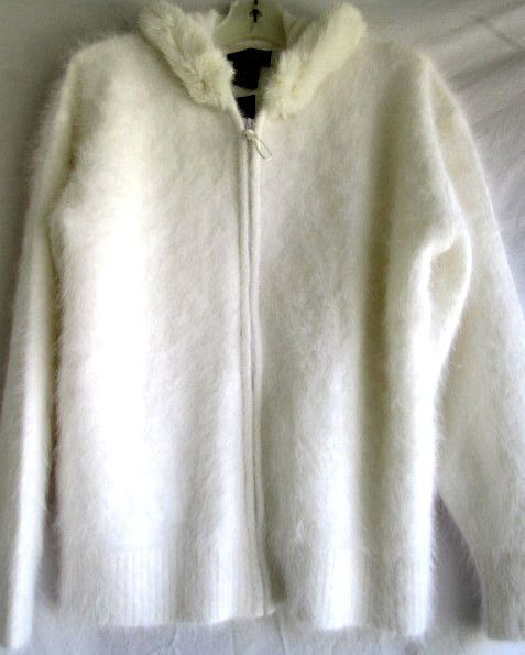 RADZOLI...SOFT, FUZZY 80% ANGORA RABBIT HAIR...WHITE...SWEATER...w ...