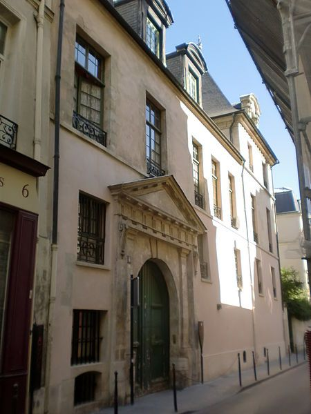 Hôtel Jean Bart (XVIIe) 4, rue Chapon Paris 75003.