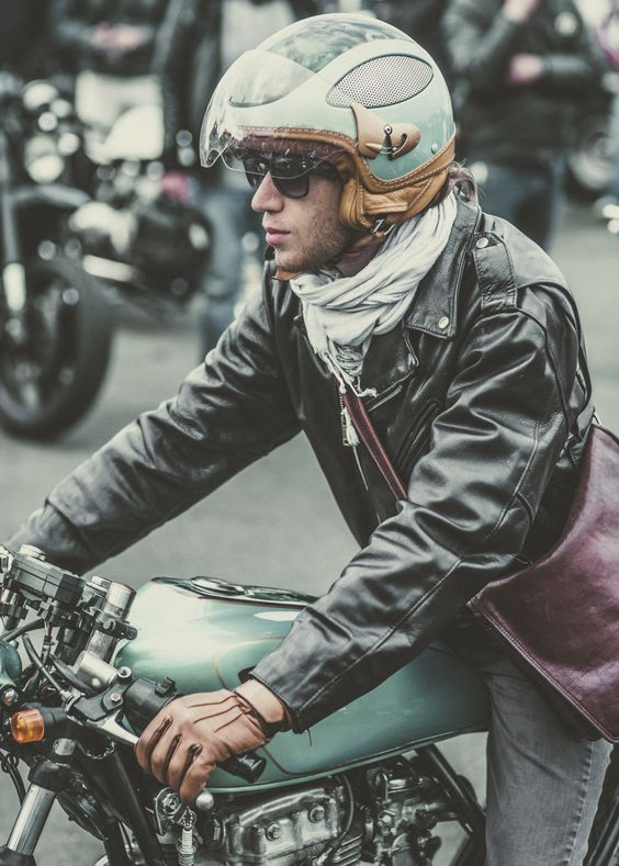WHEELS & WAVES 2014: