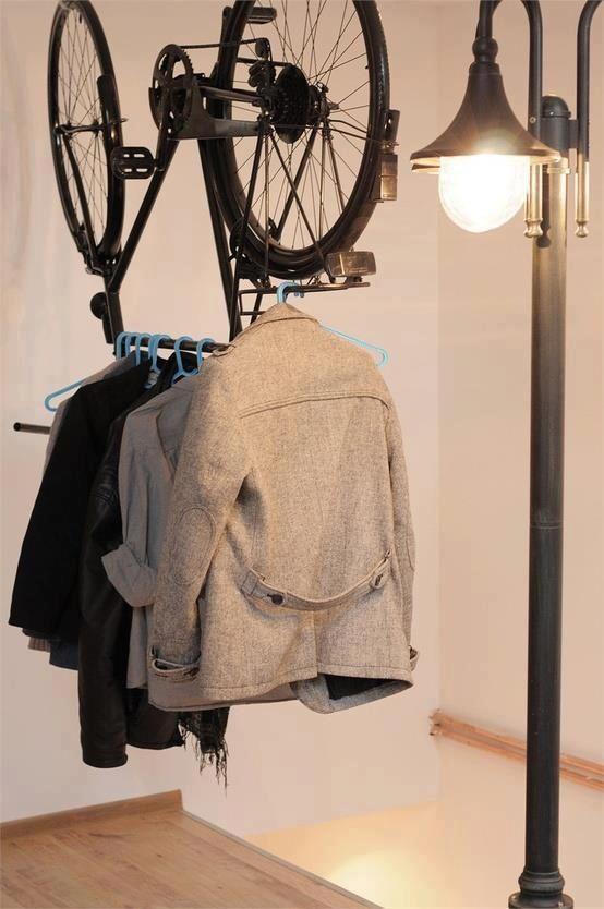 Bicicleta para colgar ropa