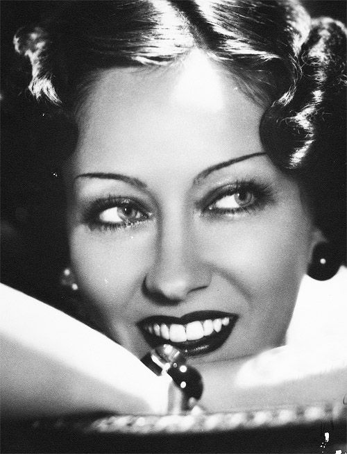 Gloria Swanson, in her autobiography she says she had big ears and horse teeth!  I think she was stunningly beautiful and an amazingly talented actress too!: