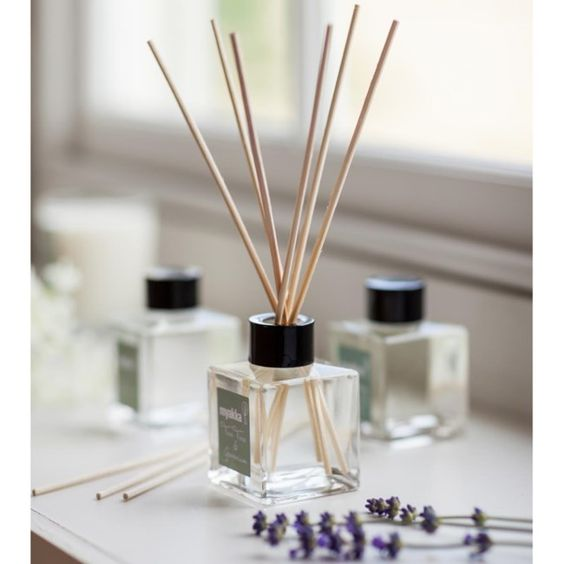 http://www.myakka.co.uk/product/large_scented_reed_diffuser