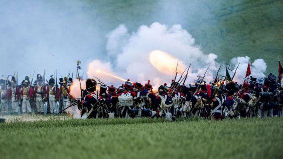 """""""Trop de fumée"""", """"pas assez d'explications"""": la bataille de Waterloo a déçu certains"""
