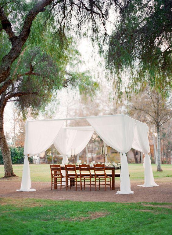 Equestrian garden shoot, horse inspired wedding, green wedding flowers, white wedding flowers