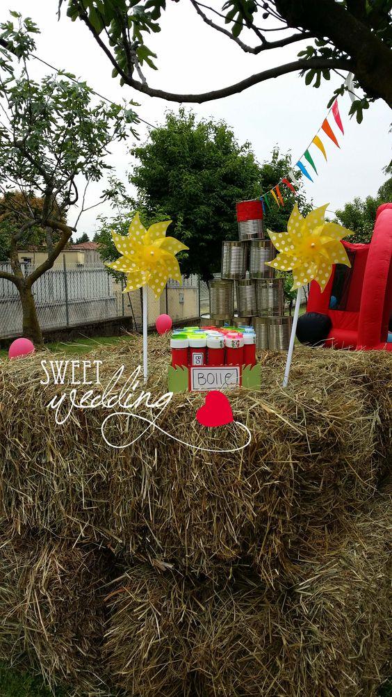 festa di compleanno realizzata in giardino con creazione fattoria, bolle di sapone, hay day, animali fattoria