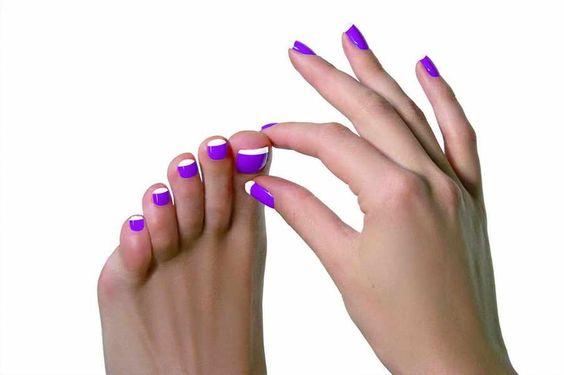 diseños de uñas en color crema, dorado y violeta - Google Search