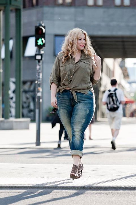 PLUS SIZE FASHION -  Beautiful love yourself. No guilt. plus Size. Full figure. Curvy. Fashion. BBW. Curves. Accept your body. Body consciousness