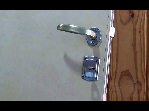 Como Colocar Cerradura En Puerta Lock Installation Juan Carlos Aquila Youtube Cerraduras Puerta De Madera Madera