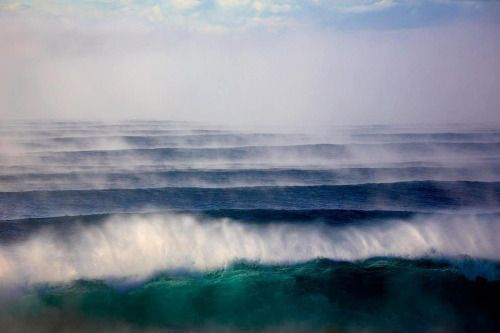 my favourite thing about offshore wind is the spray it creates against the swell!