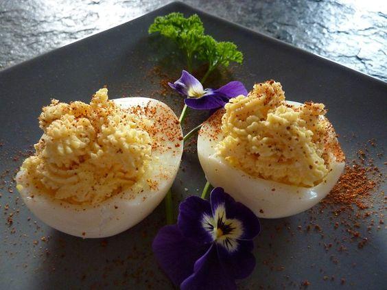 Eier mit Cantadou gefüllt