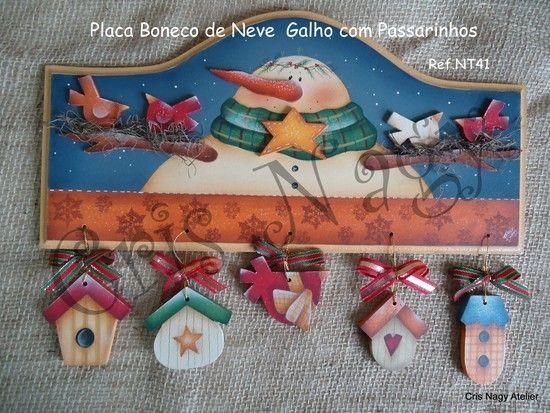 PLACA BONECO DE NEVE GALHO COM PASSARINHOS - CRIS NAGY ATELIER