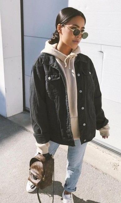 21 Best Spring Outfits Street Style For Women 2020 Yeahgotravel Com In 2020 Winter Fashion Outfits Casual Winter Outfits Trendy Fall Outfits