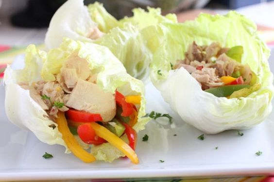 tuna lettuce wraps with cilantro, lime, sauteed pepper and onions.  quick, healthy, NO MAYO :)