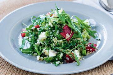 Quinoa salad with asparagus and feta
