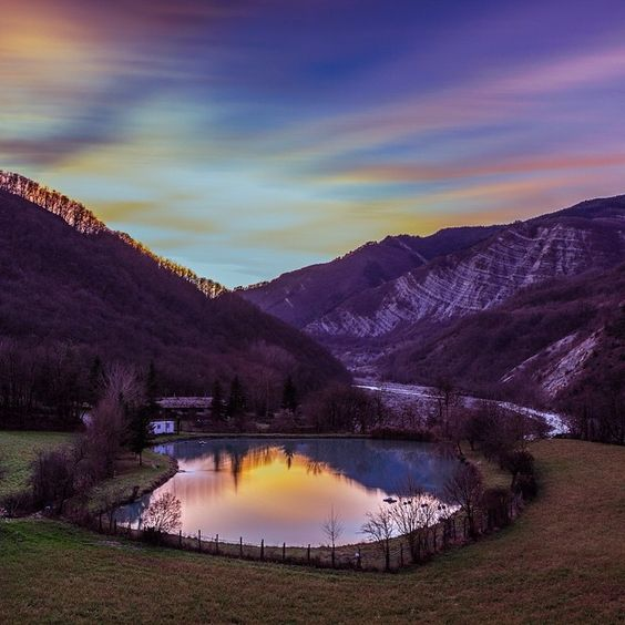 Poetic corners of #Parma's #Apennines: the little Lake of Tavolana - Instagram by filippozbogar