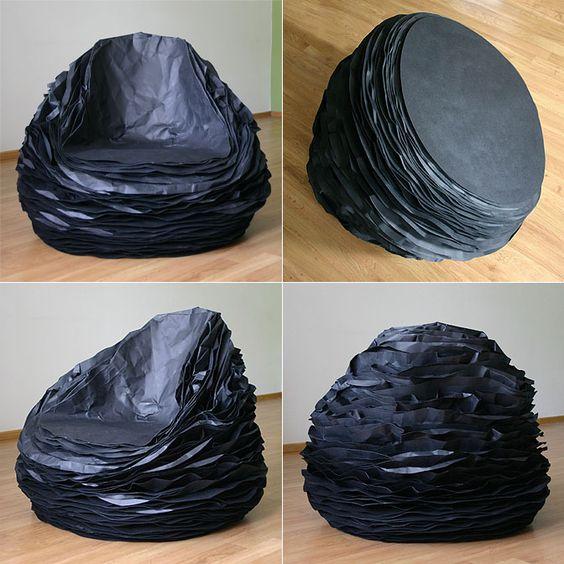 """Kibardindesign, Vadim Kibardin """"black paper 37"""" 2011  fauteuil composé de 37 couches de papier et de carton."""