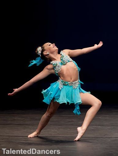 """mackenzie ziegler at """"dance moms nationals"""" Credit to: @TalentedDancers  [do not remove tag]"""