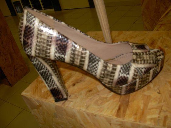 Trendy & Chic Size: 38 20,40
