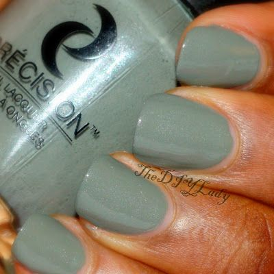 """""""Swatching a shade like this  in the summer made me long for the fall weather so much. This is a beautiful color, and I don't usually say that about greens."""""""