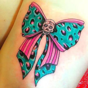 Green Leopard Bow Tattoo Idea