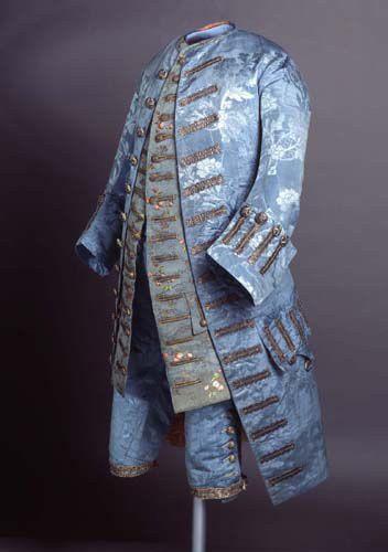 Vestido masculino a la francesa. 1740.