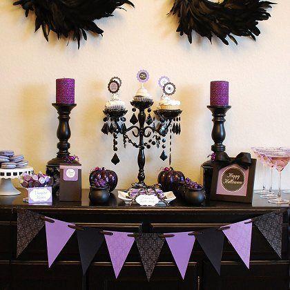 Glam Halloween Decor. Love the black and purple!