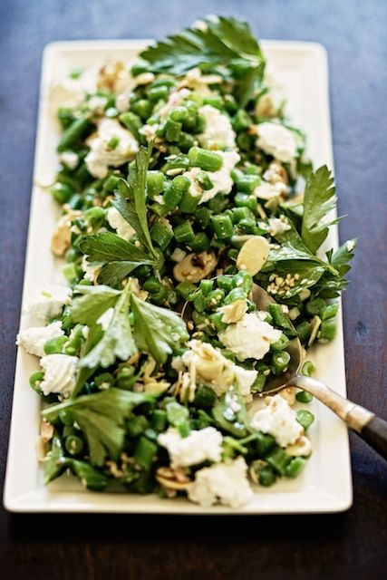 green bean salad with toasted seeds and nuts