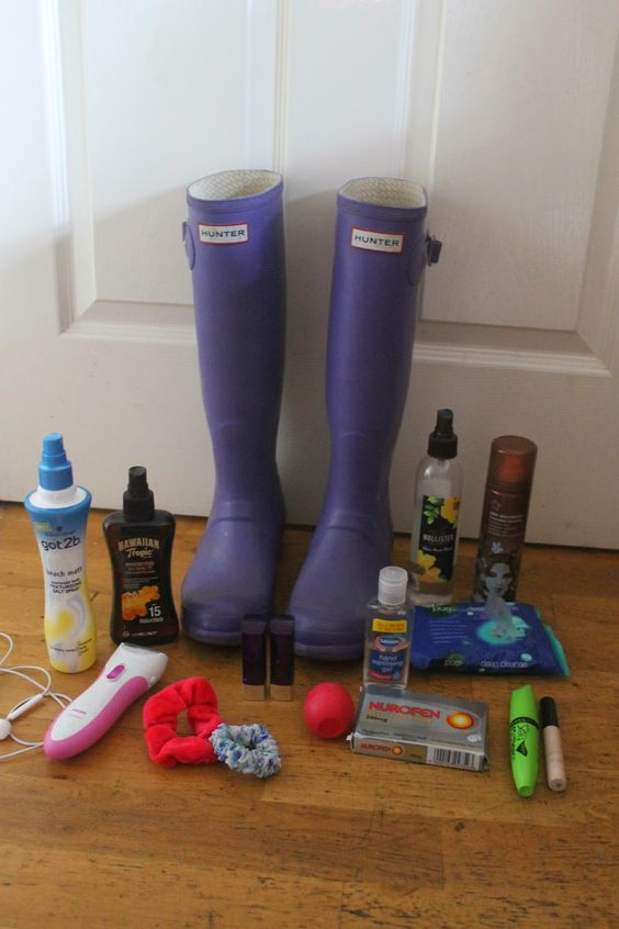 I've just done a blog post on festival essentials. No matter if you're going to V-fest, T in the Park, Glastonbury or Wireless you'll want to check this out. Head over to whatabbyloves.blogspot.co.uk/2014/06/festival-essentials.html