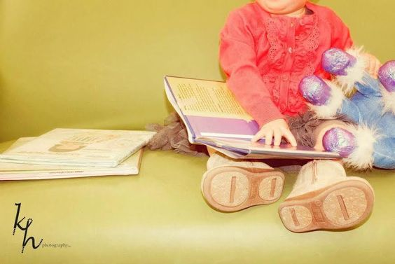 25 free activities to do with your kids! Read more at www.findingfosterland.com #MommaFosterland