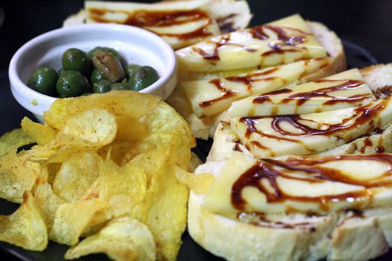 Spain Dining Guide: What are Tapas?