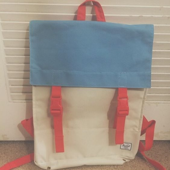 Herschel Backpack Good condition - like new Herschel Supply Company Bags Backpacks