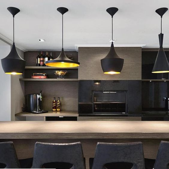 Se você está procurando uma iluminação linda e exclusiva para sua casa, e aqui mesmo! A @espaco_vip_iluminacao está aqui para ajudar a compor sua iluminação!Ligue e agende seu horário (031)34715808 ou pelo whatsapp (031)9 88854567 ou www.espacovipiluminacao.com.br #espacovipiluminacao #iluminacao #pendentes #iluminacao #espacovip #casalinda #luz #arquitetura #light #lighting #designer #entregatodobrasil #repost @a4_arquitetura