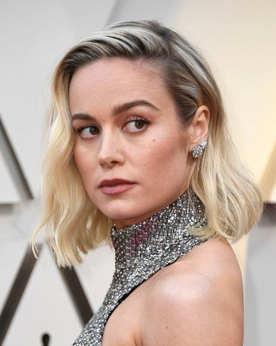 15 Of The Best Short Hairstyles From The 2019 Oscars In 2020 Night Out Hairstyles Short Hair Styles Hair Styles