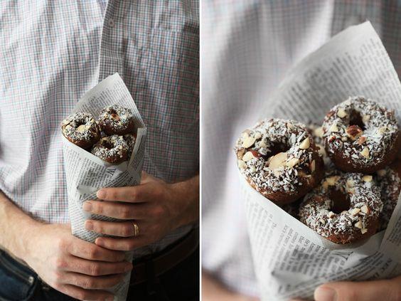 Cinnamon Roll Almond Flour Donuts / Roost #paleo #glutenfree/ se ven deliciosos! y son cero culpa!