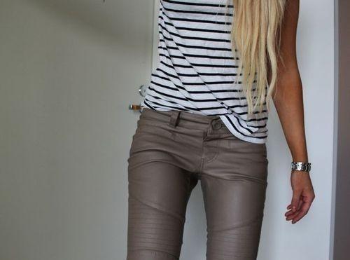 bandes de cuir cuir taupe pantalon en cuir brun pantalon marron sentiments entre mais la mode gusto buen styles