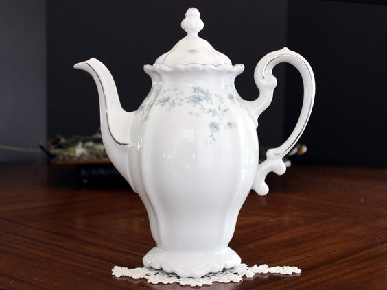 Johann Haviland Coffee Pot, Tall Blue and White China, Blue Garland, German…