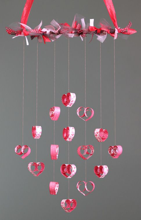 Image gallery heart mobile craft for Things to make for valentine s day