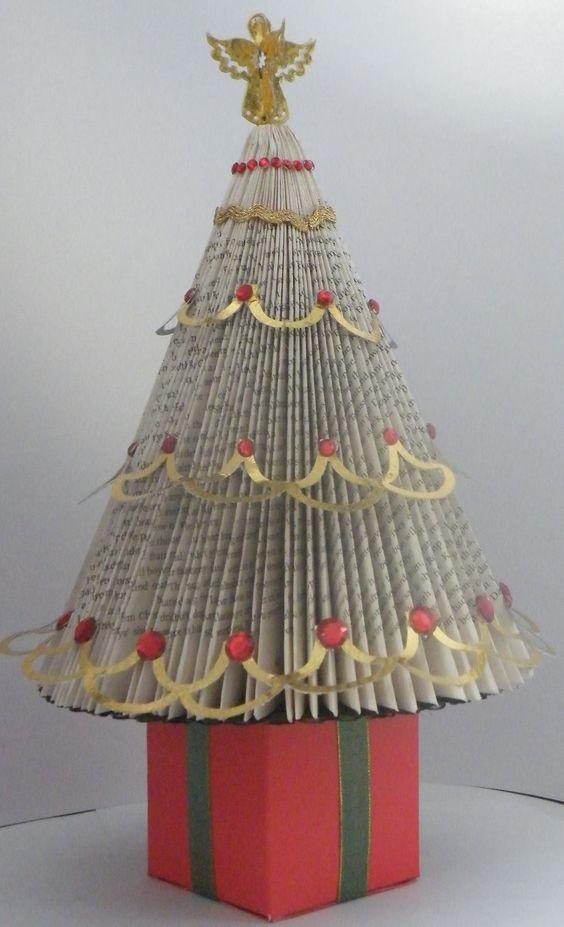 book folded Christmas tree: