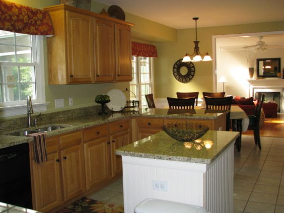 Tile backsplash granite countertop oak colored - Builder grade oak kitchen cabinets ...