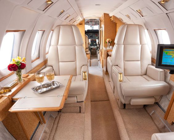 1988 HAWKER 800SP FOR SALE. #Hawker #Hawker800 #airplane #aircraft #plane #aviation AIRFRAME: Total Time: 6556.3 / Cycles: 4452 http://iccjet.blogspot.com/2015/01/1988-hawker-800sp-for-sale.html FOR A CONSULTATION ABOUT THIS FINE AIRCRAFT: CONTACT US http://iccjet.com/en/contact-us ICC JET AIRCRAFT FOR SALE http://iccjet.com/en/aircraft-for-sale