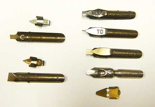 Troubleshooting with calligraphy dip pens. Nibs and Reservoirs