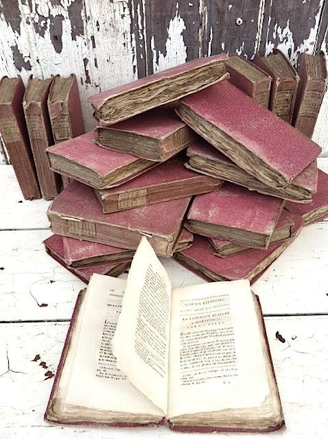 knjige - Page 3 E2952e5af5ec774c023773aa15bd3e0a