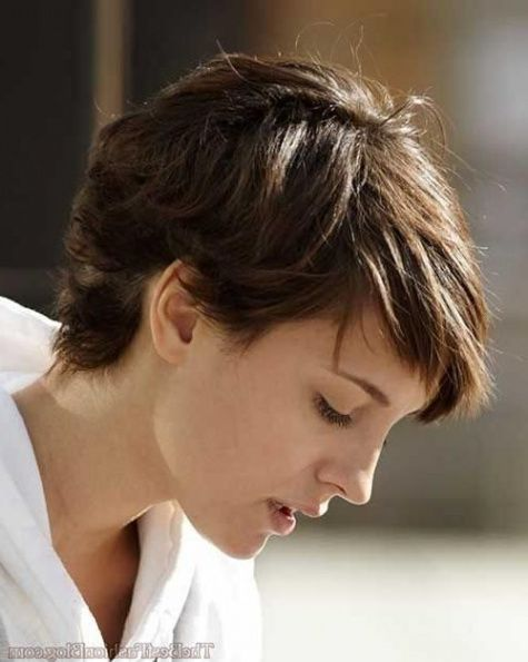 10 Disadvantages Of Short Pixie Haircuts For Thick Wavy Hair And How You Can Workaround It Pixie Haircut For Thick Hair Thick Hair Styles Thick Wavy Hair