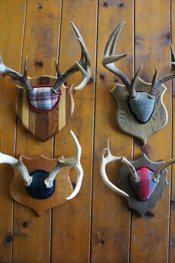 Vintage Deer Antler Mount Plaid Christmas Decor Red Plaid