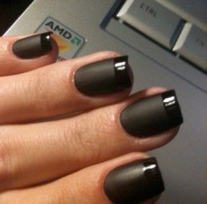 I love black manicures, and this one is awesome.