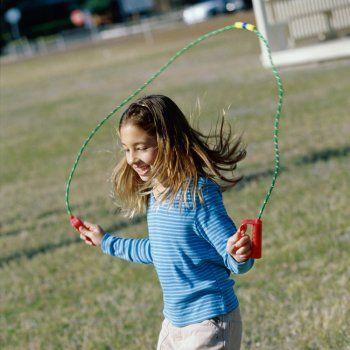 Beneficios de saltar a la comba para los niños.:
