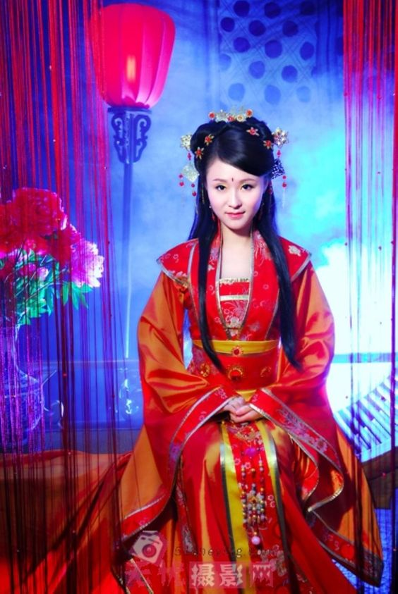 Ancient Chinese Bridal Gown